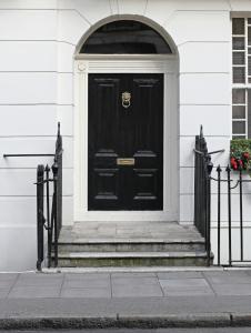Jeffery-and-Wilkes-Victorian-Door-1