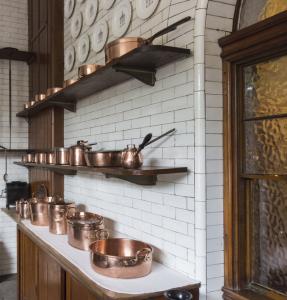 Jeffery-and-Wilkes-victorian-blog-kitchen