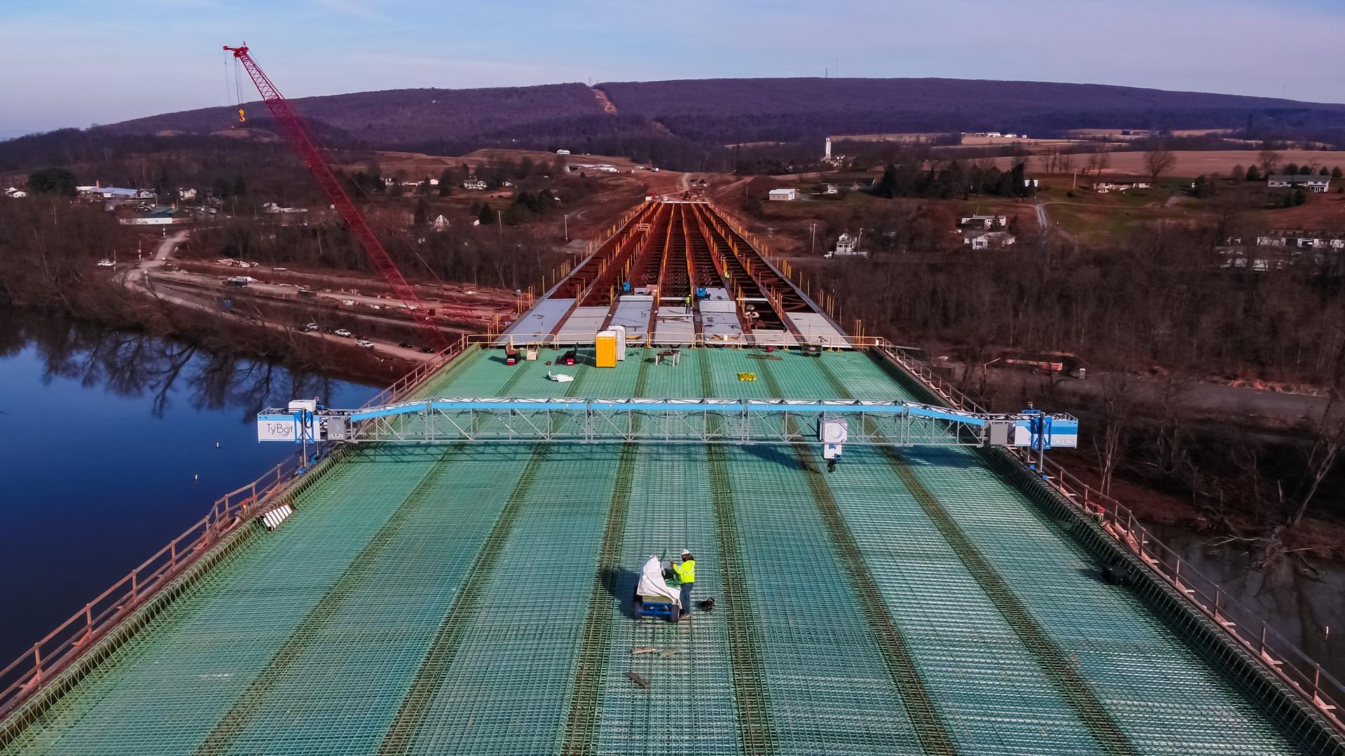 Construction work on bridge