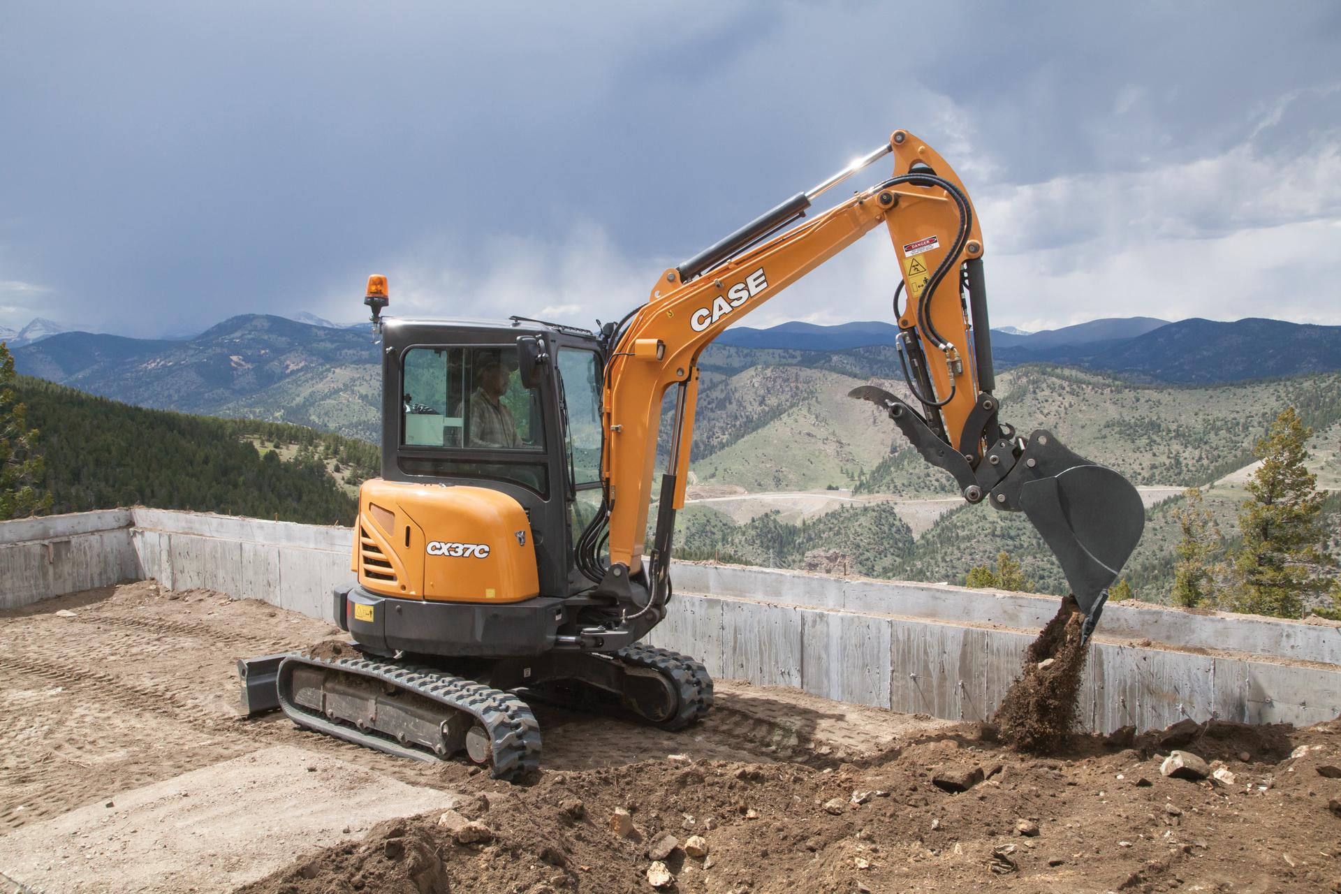 Case CX37C Compact-Excavator digging